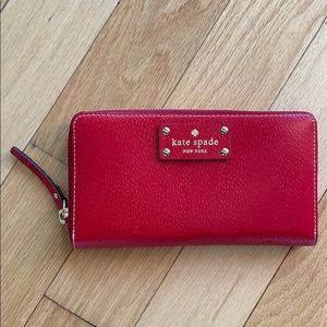 Authentic Kate Spade Wallet, NWOT
